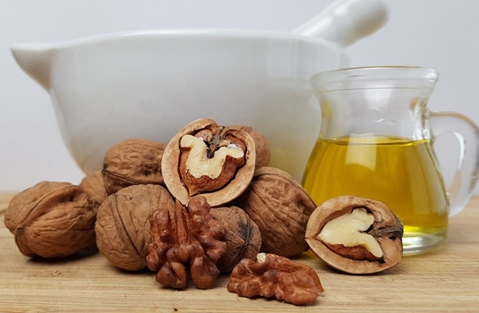 15 super health benefits of walnut oil