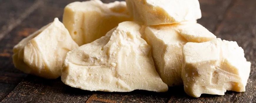 Five wonderful recipes for homemade cosmetics with cocoa butter