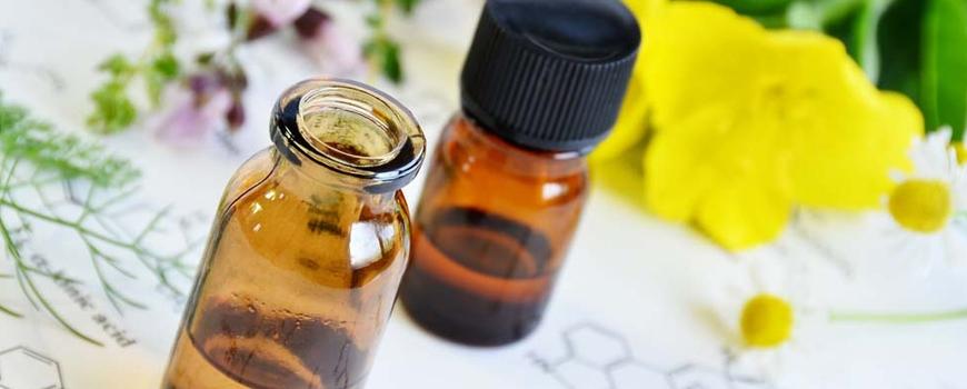 Маслото от Вечерна иглика – балсам при невродермит и кожни алергични реакции